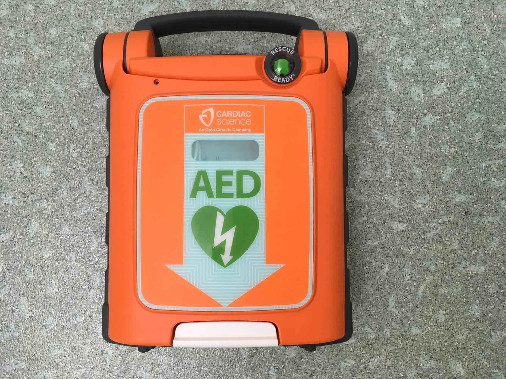 Sicurezza pazienti - defibrillatore